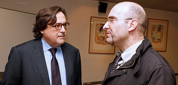 Los investigadores Cecilio Álamo y José Antonio López-Guerrero
