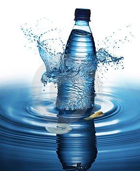 La deshidrataciòn puede alterar el proceso y rendimiento mental