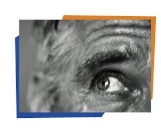 Alucinaciones: Debido a los complejos cambios que ocurren en el cerebro, las personas con AD pueden ver o escuchar cosas que no se basan en la realidad