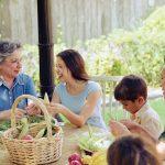 ¿Cómo puedo comunicarme mejor con mi ser querido que tiene Alzheimer?