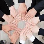 FOTOLIA Las relaciones sociales proporcinonan apoyo y gratificación