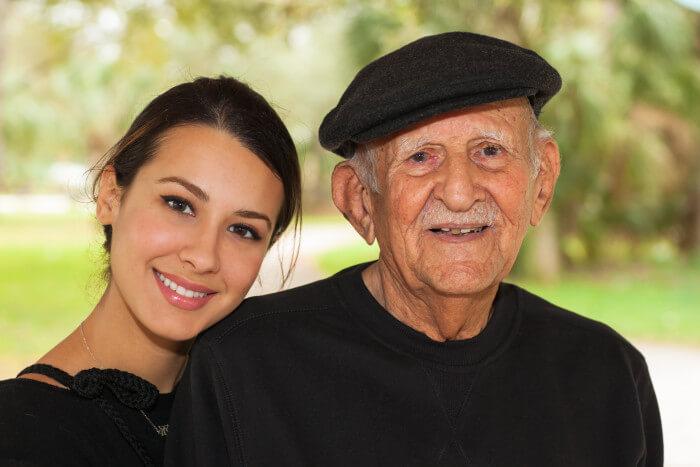 Fases de la enfermedad de Alzheimer: Para usar esta imagen: http://mbsy.co/7fNhv