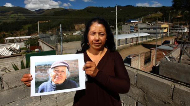 Mery Vinueza realiza hoy una misa, en Cotocollao, para recordar a su mamá desaparecida. Foto: EL COMERCIO