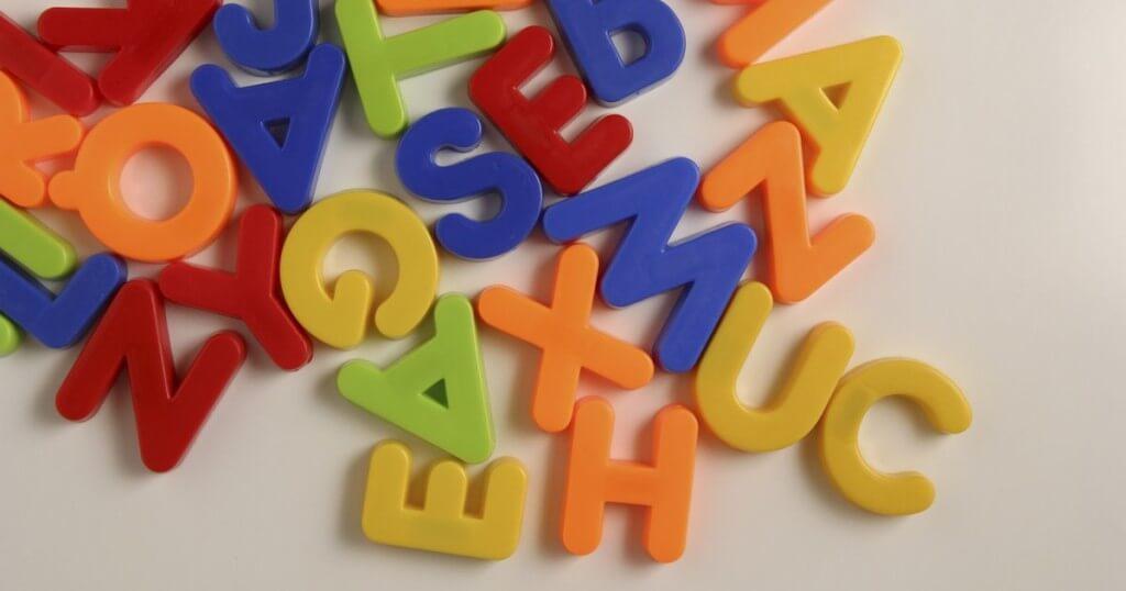 Problemas del lenguaje en adultos mayores 8764109534-letras