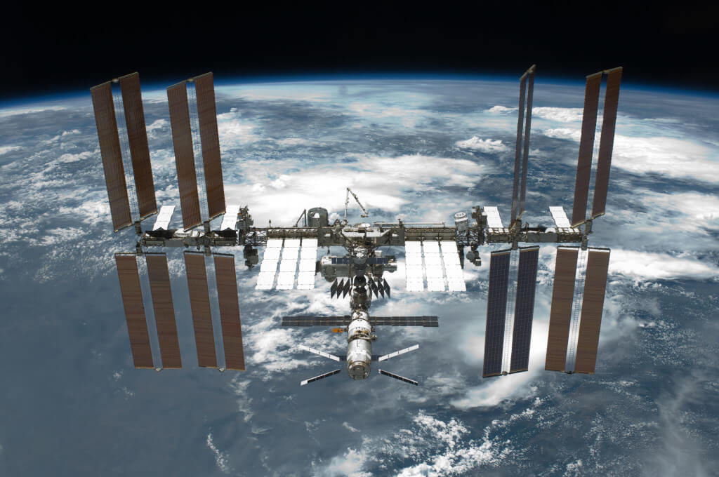 STS-134_International_Space_Station_after_undocking-1