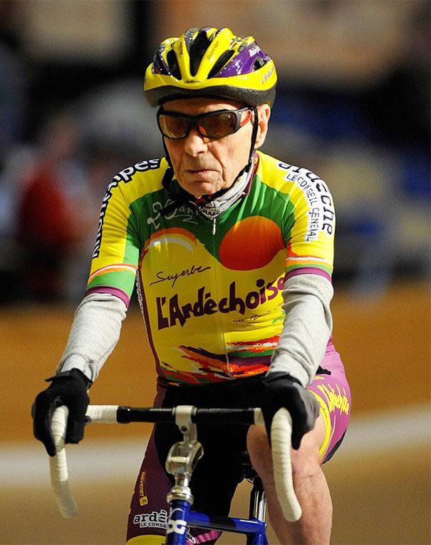 ancianos-divirtiendose-rider-robert-marchand__66605