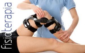 Qué función cumple la rehabilitación y la terapia física en el adulto mayor?- fisioterapia2-300x187