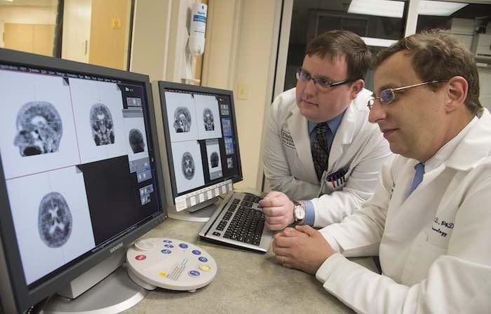 Mejora de Diagnóstico del Alzheimer Avanzado