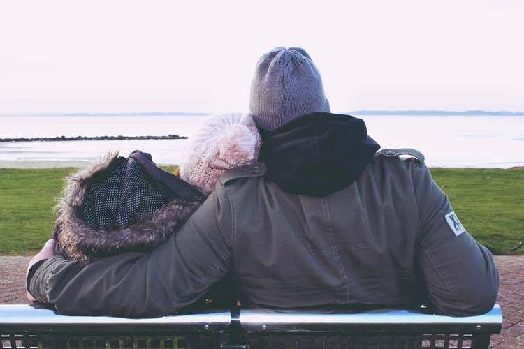 Vivir el Alzheimer. ¿Solo o acompañado?...Cuidando con apoyos